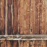 Jak wykonać podłogę drewnianą?